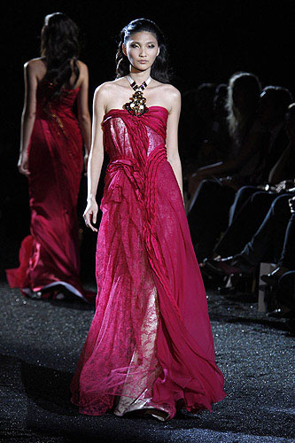 Haute Couture: Autumn/Winter 2010-11 | hellomagazine.com