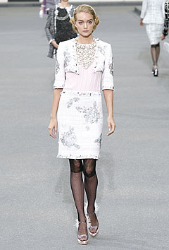 Chanel Spring/Summer 2009 :  2009 collection white clothing cocktail