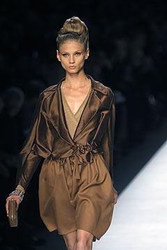 Yves Saint Laurent Spring/Summer 2009 :  modern evening collection cocktail dress