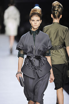 Yves Saint Laurent Spring/Summer 2009 :  2009 collection clothes style clothing