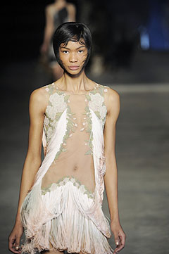 Alexander McQueen Spring/Summer  2009 :  luxe clothing cocktail womens clothing