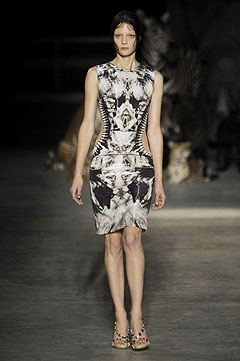 Alexander McQueen Spring/Summer  2009 :  2009 collection clothing cocktail womens clothing