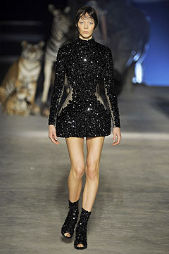 Alexander McQueen Spring/Summer  2009 :  black dress style clothing cocktail