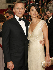 Champagne adds fizz to reports Daniel Craig is heading down the aisle