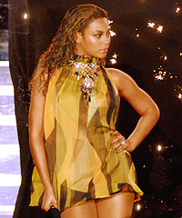 Beyoncé | Celebrities Doing Charity Work | Pictures ... |Beyonce Charity Work